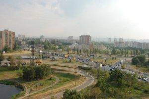 На Троєщину хочуть запустити й метро, і трам-трейн