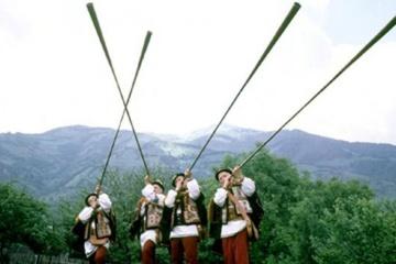 Większość Zakarpacia chce być częścią Ukrainy i uczyć się ukraińskiego