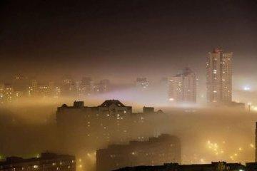 КМДА попередила про забруднення повітря на лівому березі столиці, радить закрити вікна