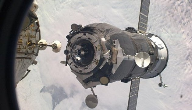Космічна вантажівка