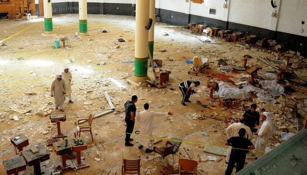 В центре Туниса взорвалась смертница: полтора десятка раненых