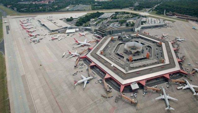 У берлінському аеропорту через перцевий газ постраждали 15 людей