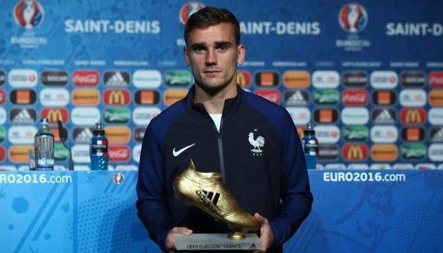 В УЕФА раздали индивидуальные награды Евро-2016