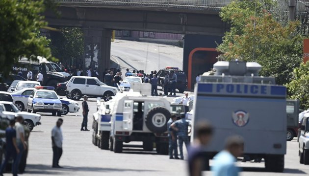 У Вірменії - нові арешти