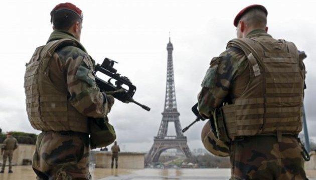 У Франції знову продовжили надзвичайний стан