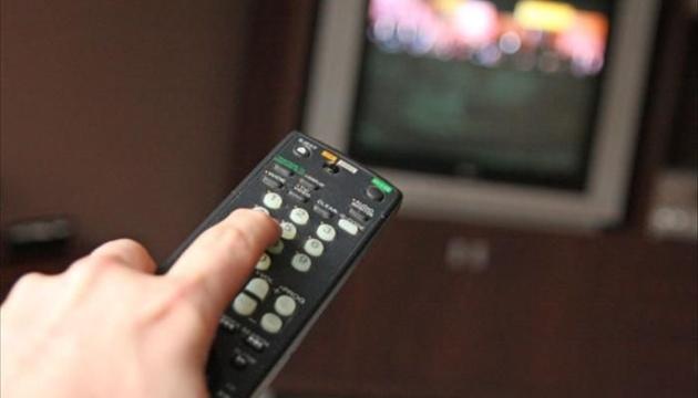 """У Нацраді назвали ТОП-5 партій, які найбільше """"світилися"""" по телевізору"""