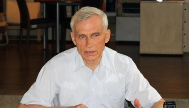 Польский депутат призывает к диалогу историков вместо