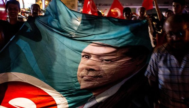 Повноваження для Ердогана: референдум хочуть провести до 17 квітня