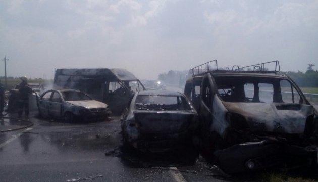 Рятувальники розказали подробиці смертельної ДТП на Одеській трасі
