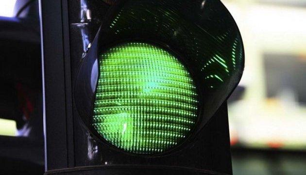 Київські світлофори налаштують на режим