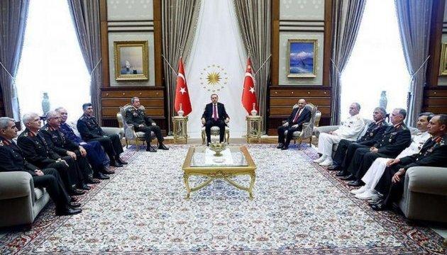 У ПАРЄ вважають, що влада Туреччини має скасувати надзвичайний стан в країні