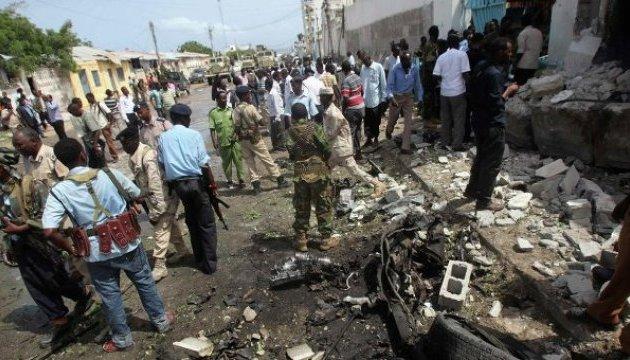 У Сомалі на фугасі підірвались восьмеро військових