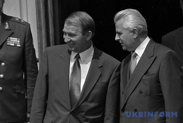 Екс-президенти України Леонід Кучма та Леонід Кравчук