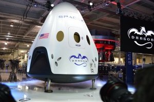 SpaceX і NASA перенесли запуск Crew Dragon