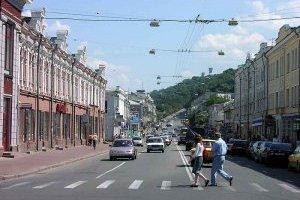 Вулицю Сагайдачного відкриють для авто майже до кінця літа