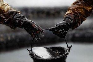 Нафта дорожчає на даних API про скорочення запасів у США