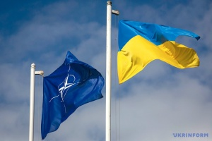 Ukraine to insist on fulfilling NATO membership promise