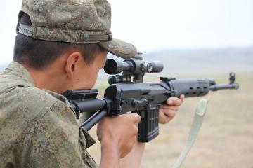 La Russie envoie une unité des snipers tchétchènes dans le Donbass