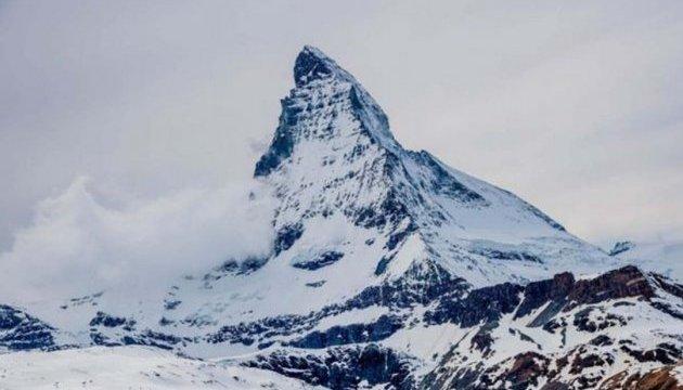 Из-за сильных снегопадов в Альпах по меньшей мере 7 человек погибли