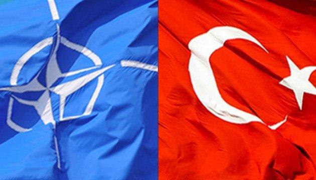 Туреччина залишається союзником НАТО попри російські С-400 - речник Ердогана