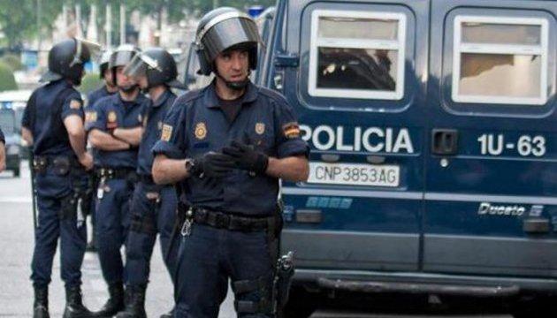 Теракти в Іспанії: поліція виявила в Альканарі 120 газових каністр для атак