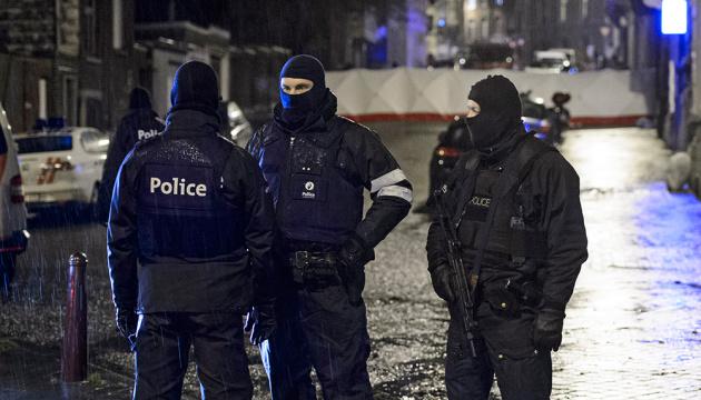 В Брюсселе полиция водометами разогнала протест