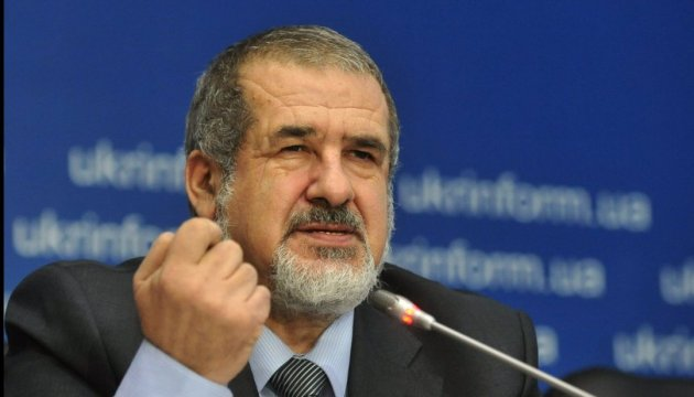 Chubarov: Instead of giving housing to displaced persons it is better to return them their land as soon as possible