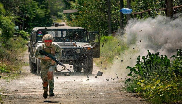 Militants launch 91 attacks on ATO troops in eastern Ukraine