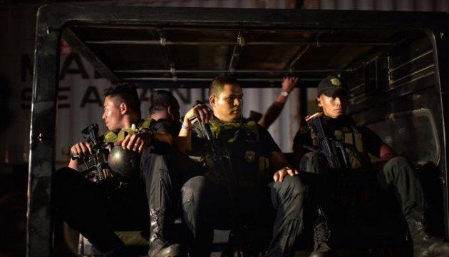 На Філіппінах 600 тисяч підозрюваних у наркоторгівлі здалися владі