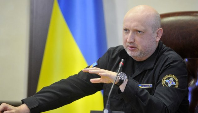 NSDC Secretary Turchynov tests a new mobile command post to guide special operations