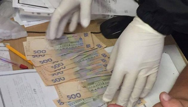 Суд арестовал следователя ГФС, задержанного за вымогательство денег у коммерсантов
