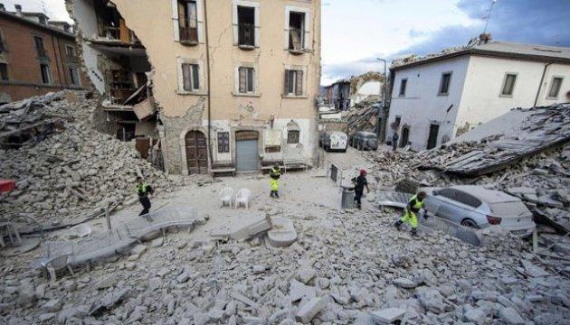 Рятувальники знайшли ще тіла загиблих у землетрусі в Італії
