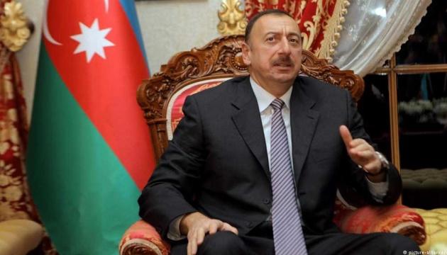 Алиев заявил о восстановлении Азербайджаном контроля над историческим мостом в Карабахе