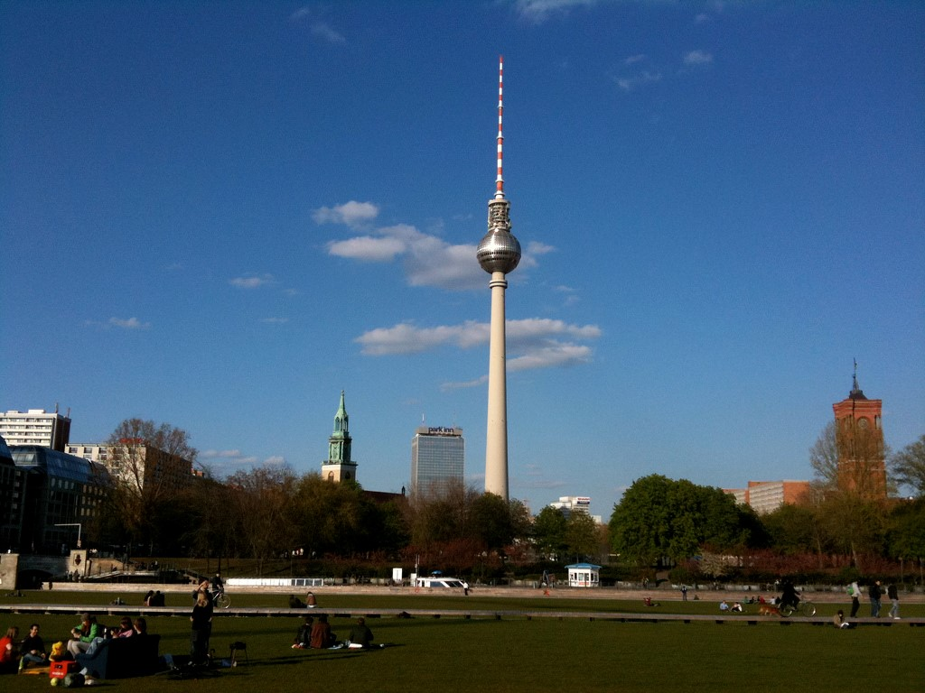 Фото: (TV Tower. Commons.Wikimedia