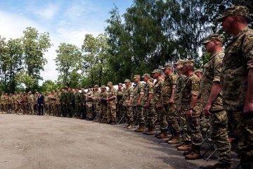 Міноборони пропонує збільшити чисельність армії на 10-20 тисяч