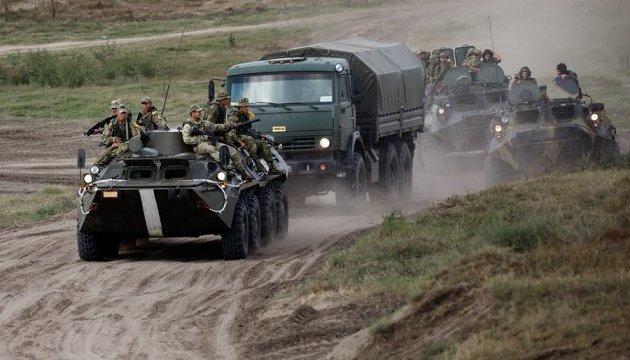 Россия стянула к украинской границк 18 тысяч военных - Минобороны