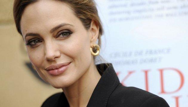 Анджеліна Джолі стала продюсером мультфільму, створеним українкою