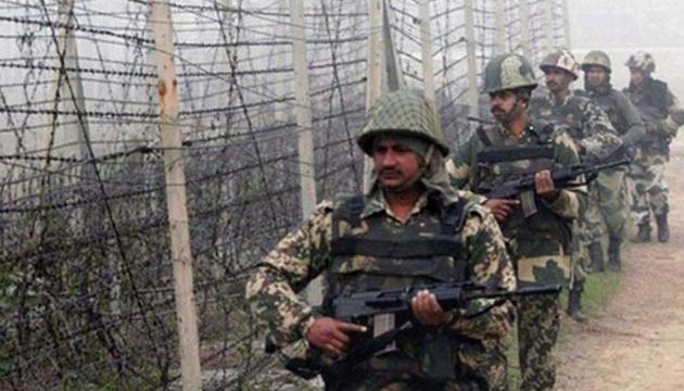 Индийский офицер погиб в перестрелке на границе с Пакистаном – СМИ