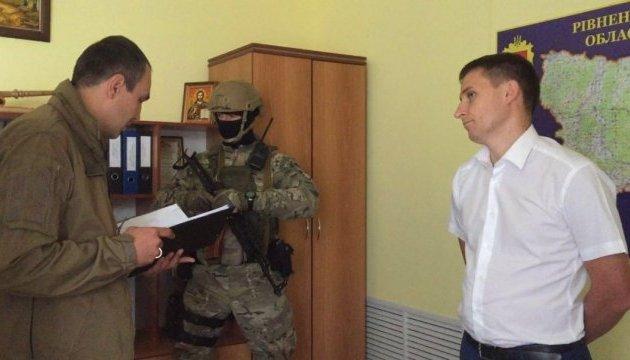 Бурштинова мафія: затримали ще одного прокурора, тривають обшуки