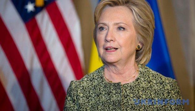 Клинтон будет уделять значительное внимание Украине – представитель кандидата