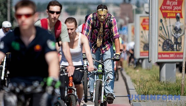 У Києві через велоперегони сьогодні обмежать рух транспорту
