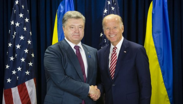 Poroshenko, Biden discuss situation in Donbas and implementation of Minsk agreement