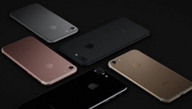 Попит на вживані iPhone падає — OLX