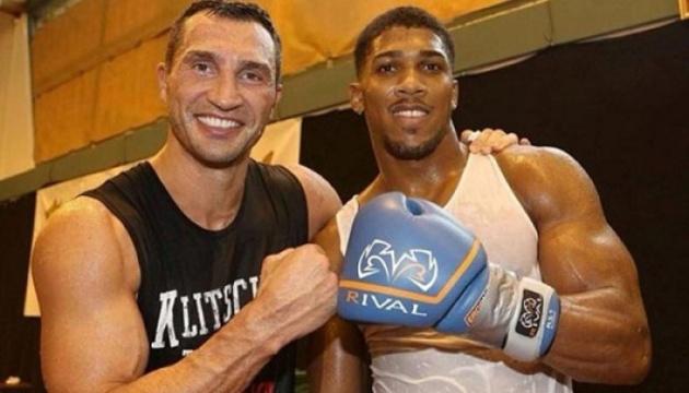 Klitschko berät Joshua vor Rückkampf mit Ruiz