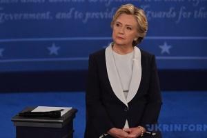 Британцы до выборов должны быть ознакомлены с докладом разведки по РФ — Клинтон