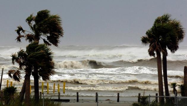 На Техас насувається ураган
