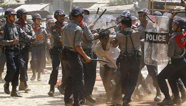 Канада вимагає покарати організаторів геноциду в М'янмі