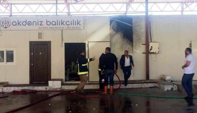 Турецьку Анталію обстріляли ракетами