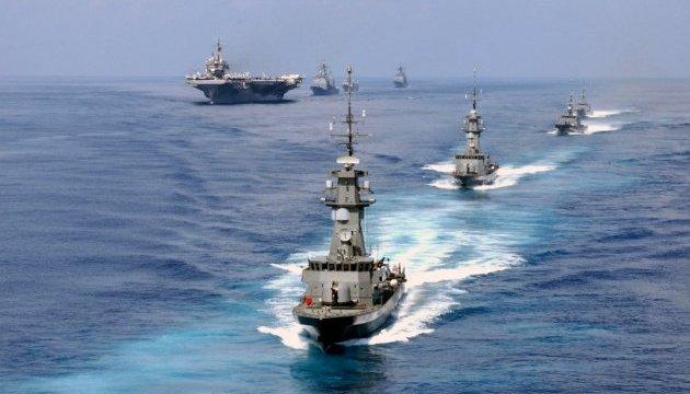 Флот Британії через кораблі РФ привели у бойову готовність
