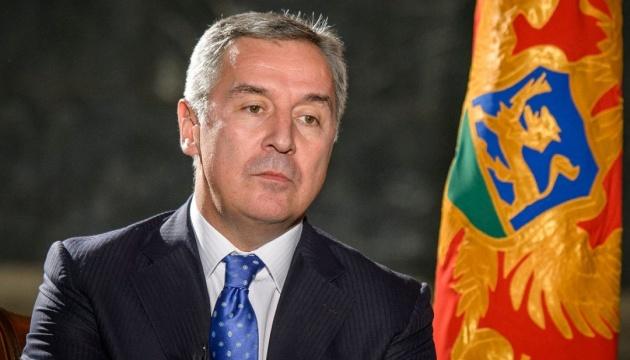 Президент Черногории попал в больницу с пневмонией